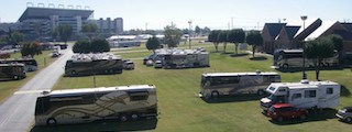 Ver el rv park campground charlotte concord nc for Camping at charlotte motor speedway